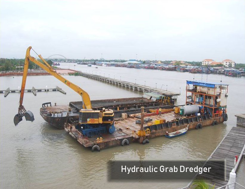 Hydraulic Grab Dredger